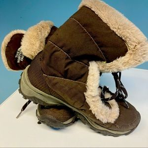 THE NORTH FACE Down Lined FauxFur Wintergrip Boots